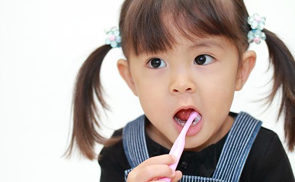 乳歯のむし歯の予防と治療