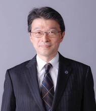 常務理事 鶴見 博貴