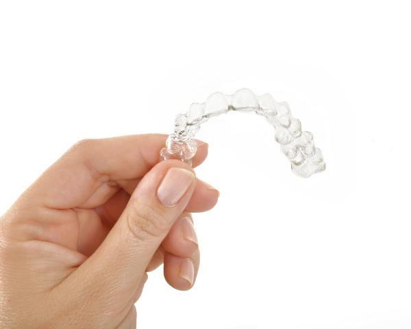歯列矯正で「マウスピース矯正」をお考えのあなたへ