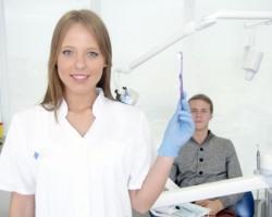 手術の前にも歯医者さんに!<br>~かかりつけ歯科医院は健康...
