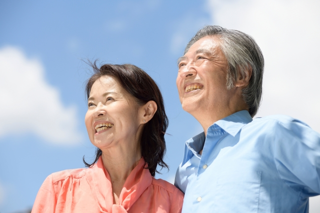 お口の健康から健康寿命の延伸を!高齢者の方のオーラルケア方法について