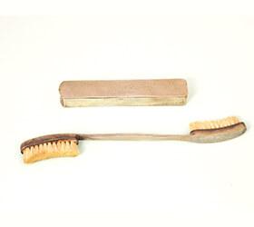 西洋の歯ブラシの始まり